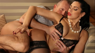 Kira Queen - George Uhl's Real Fantasies